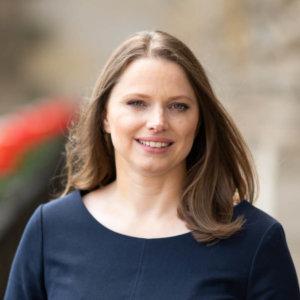 Senatorin Dr. Melanie Leonhard